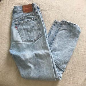 Levi's womens 501 jeans size 25